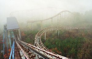 abandoned-roller-coaster-25-pics_1